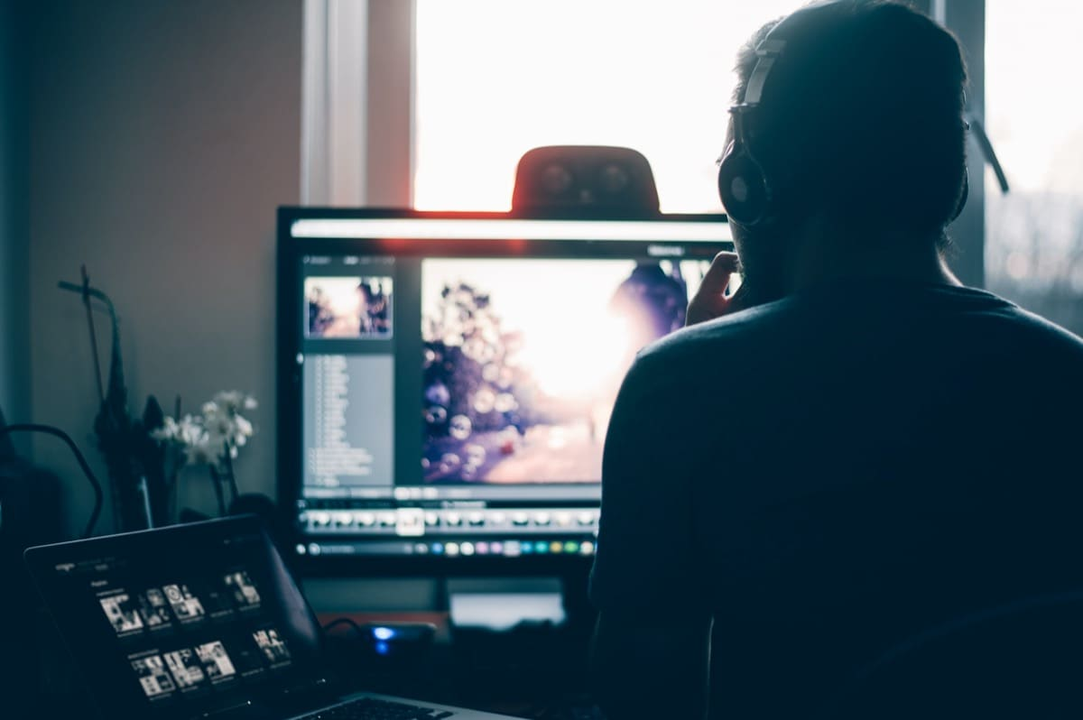 edit videos and films ways to make money online from home