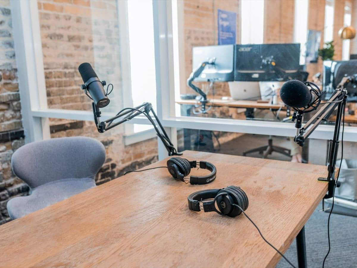launch a podcast ways to make money online from home