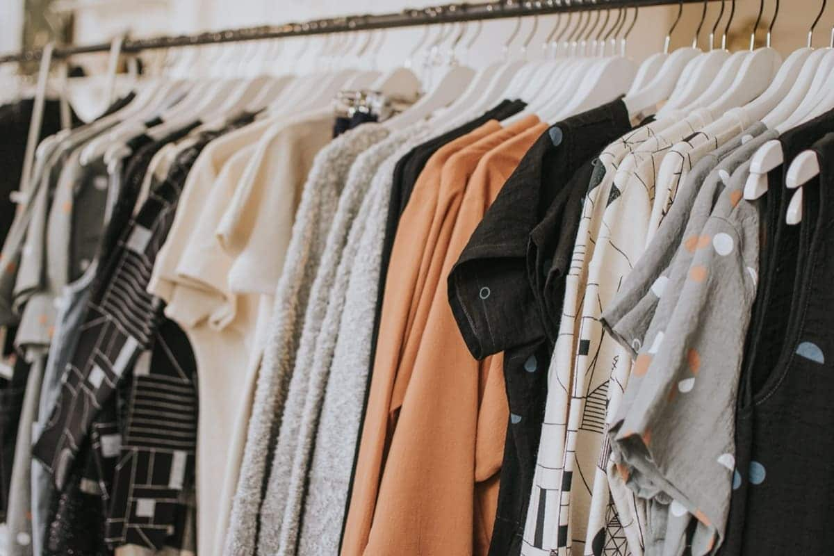 rent or sell your clothes online ways to make money online from home